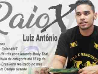 Campeão brasileiro buscou o Muay Thai para emagrecer e teve incentivo da mãe